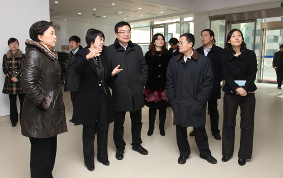 Secretary of the CPC Committee of Yangling District visits the Park