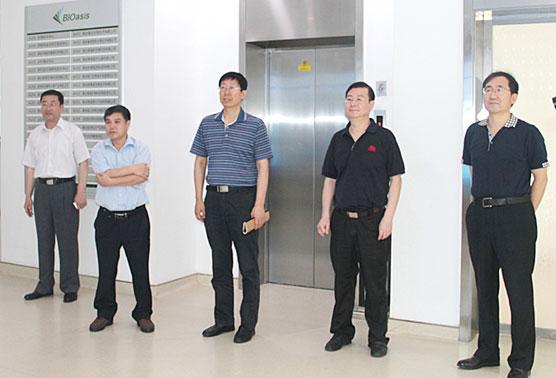 焦炳华教授等863专家组成员来访比特棋牌棋牌游戏官网